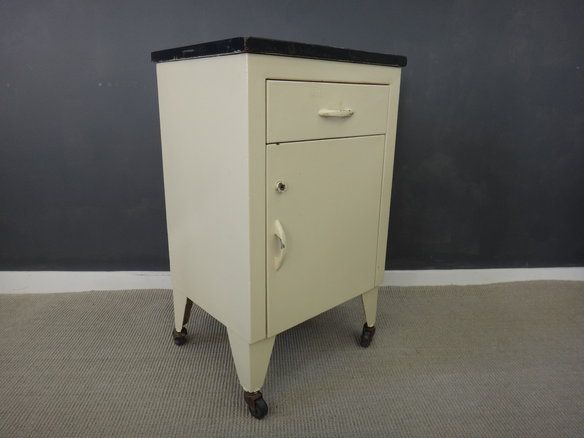 vtg 1940 50s simmons furniture metal medical. Vinage Metal Medical Cabinet. Painting CabinetsPainted MetalVintage Vtg 1940 50s Simmons Furniture D