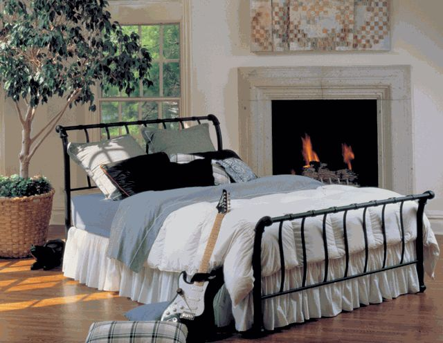 Hillsdale Janis Wrought Iron Sleigh Bed 419 00 My