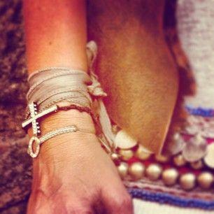 ☮✌️ #freesoul #freesoulgirls #wildspirit #borntobewild #bracelets #pulseras #accessories #fashion #woman #chic #boho #hippie #hippiechic #necklaces #fun #summersoul #summer wild #free #barcelona #bohemiansoul #bohemianlife