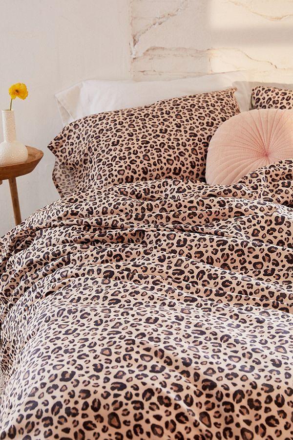 Slide View 6 Leopard Print Duvet Cover Set Leopard Print Bedding Leopard Print Bedroom Print Bedding