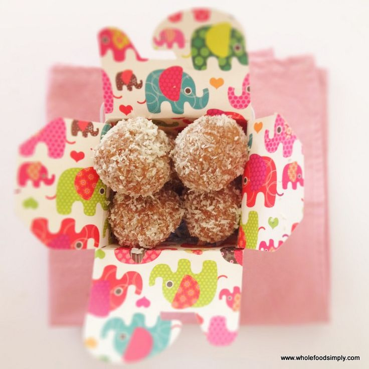 Ginger Balls.  Quick, simple and delicious!  Free from gluten, grains, dairy, eggs and refined sugar.  Enjoy!