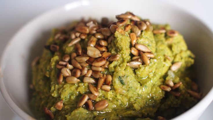 Kissoja & Kasvisruokaa: Green Lentil Hummus