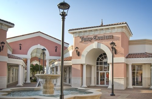 Juicy Couture: Things Pink, Real Life, Pink House, Shops, Juicy Couture, Dreams House, Places, Pretty, Couture Stores