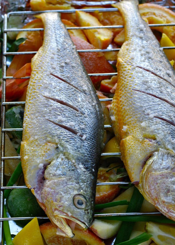 fruit peel to keep fish smell away (while broiling).  trying this right now.