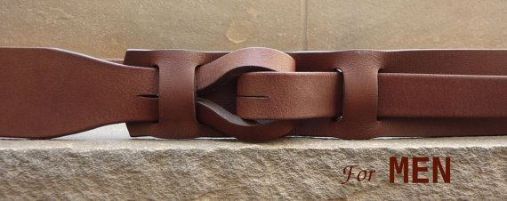 My newest design unlike any other belt. The Muse Qallu. Qallu is Quechua for tongue. Made of vegetable tanned leather and water based coatings our belt is eco-friendly, non-metallic and non-plastic. Nickle-free as all our belts are. It comes in the following sizes in 1-1/2 inch width: 26-28