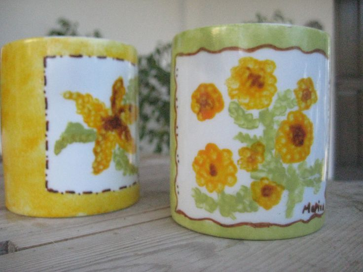 Painting mugs for personalized gifts