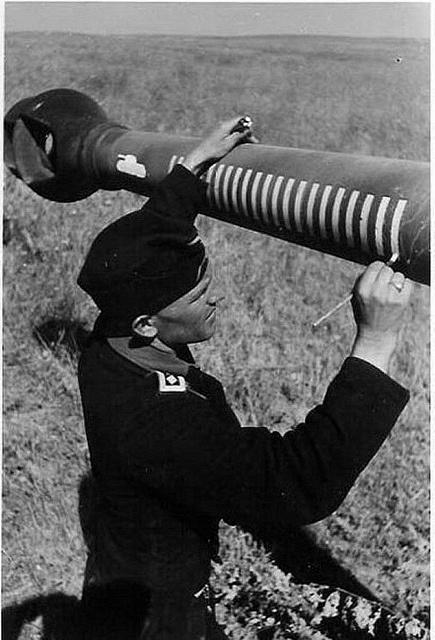 Panzerkampfwagen VI Tiger Ausf. E (Sd.Kfz. 181) Those rings denote kills. Those boys were busy.                                                                                                                                                     More