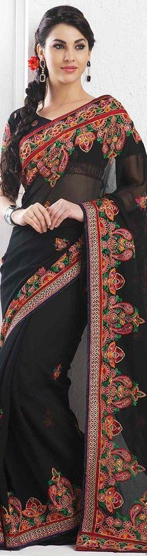 Saree with Aari embroidery - original pin by @webjournal