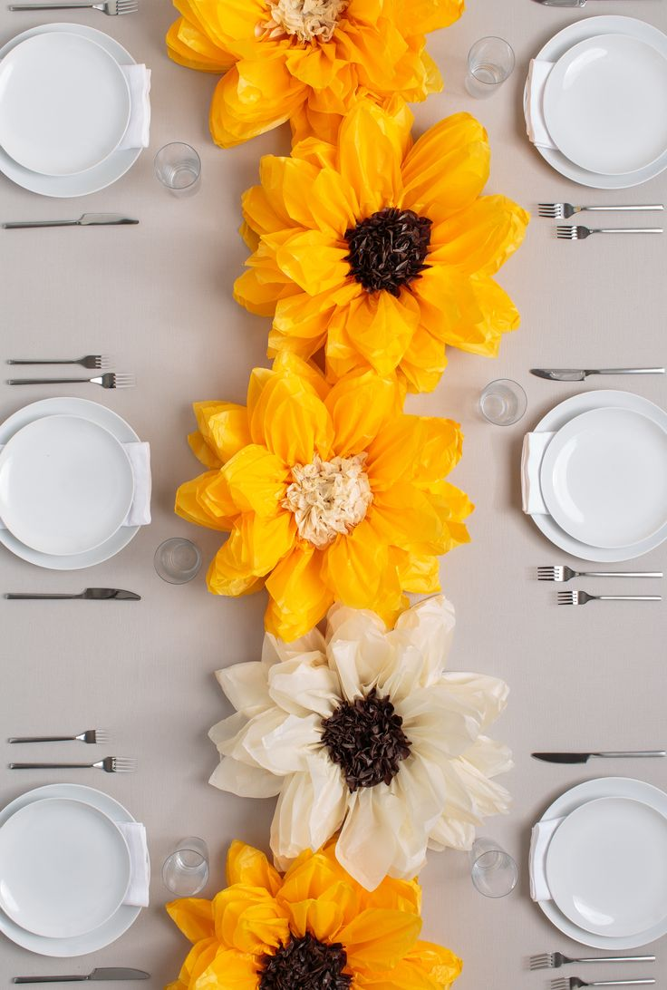 Brighten up your brunch plans with these DIY Flower Pom ...