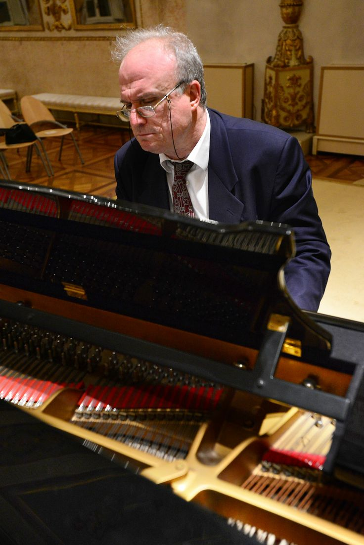 Il M° Martino Faggiani (Ph. Roberto Ricci) - Foto di repertorio.
