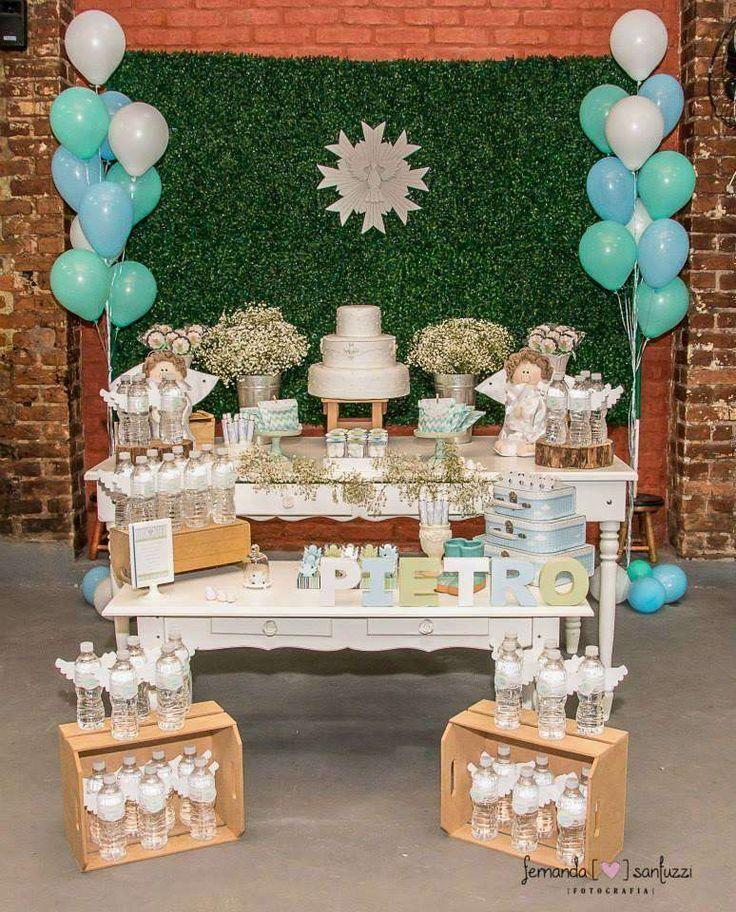 Chuveirinho para encher a mesa, nome de mdf, divino Espírito Santo de gesso, bolo e água