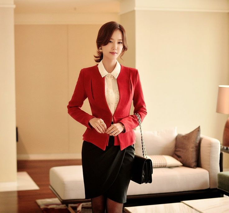 Moda coreana 26 modelos de ropa para ir al trabajo for Modelos de oficinas