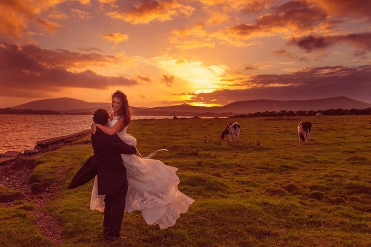 Gorgeous photo of a couple at sunset