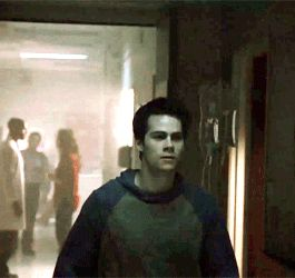 this is basically most exciting moment in Teen Wolf's season 5B trailer ! Dylan is sooo hot <3