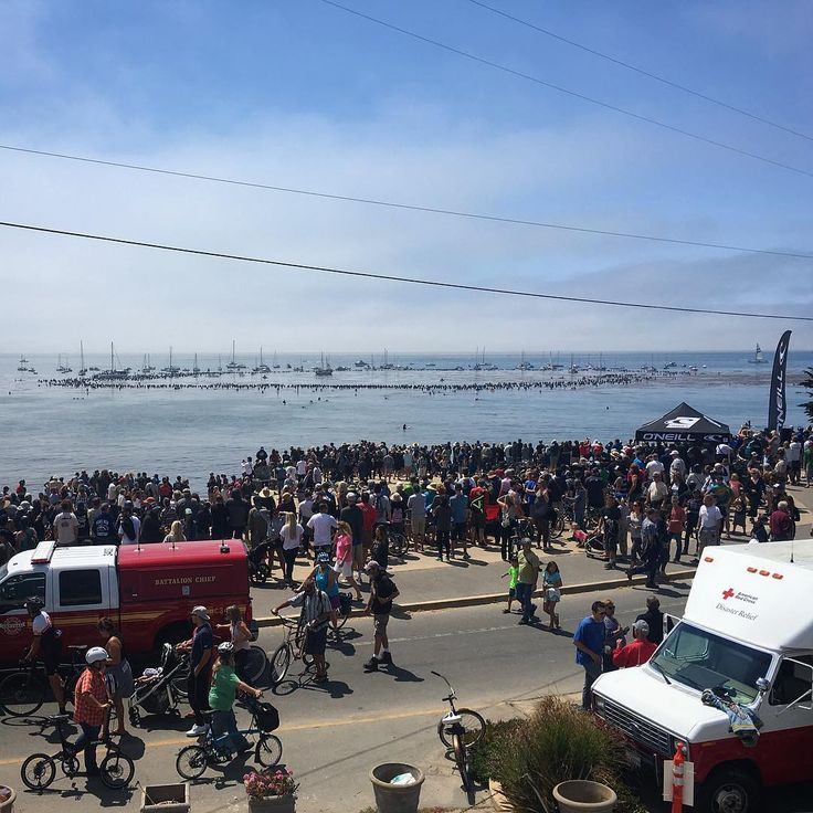 Today in Santa Cruz, California thousands gathered along Pleasure Point to bid farewell to Jack O'Neill. Thanks to @oneillusa and the Lifeguards for hosting an incredible event. Photo: @adam_jara. #SURFERphotos #ripjackoneill