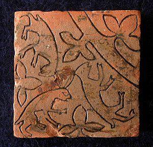 ( - p.mc.n.) Triskele hares - Medieval floor tile excavated
