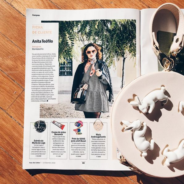 Time Out Lisboa and Andresgallardo Porcelain Bunny Pink Bag