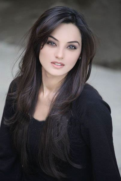 Sadia Hayat Khan is a charismatic, ingenious, tremendous model, actress and another familiar aspect of Pakistan' s fashion and television industry.  #Unomatch #Pakistani #Celebrity  http://www.unomatch.com/sadiahayatkhan/