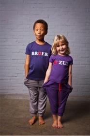 Broer & Zust-shirts Broer & Zus look Foto