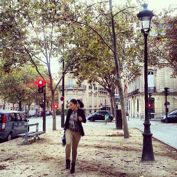The reality of Paris allows you to dance
