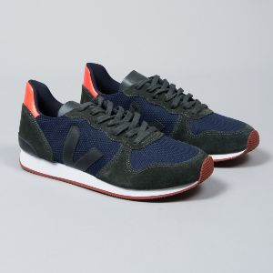 Veja Nautico Grafite Black Holiday B-Mesh Trainers: With a B-Mesh upper that is made from 15 recycled plastic bottles that results in a fabric that is both breathable and waterproof, these trainers are a must have for any style hunter with concern for the environment. They feature contrast textured panels and the classic brand 'V' on the sides (made from wild rubber), along with a durable and lightweight rubber sole - they're super modern and eco-friendly all in one, what more could you ask…