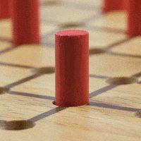 Solitär kostenlos online in 5 spannenden Varianten lösen. Online Solitär, das verflixte Brettspiel für eine Person. Entferne durch Überspringen möglichst viele von den Spielsteinen vom Spielbrett. Du kannst kostenlos eine unbegrenzte Anzahl an Solitär Spielen auf 5 Brettvarianten lösen.