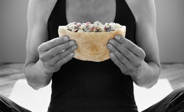 Pita garni à la salade de poulet à l'érable