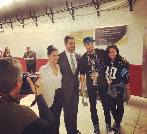 So I'm sure no one was surprised to see Olivia Munn at Sunday's Super Bowl with Aaron Rodgers. She and the Green Bay QB were all smiles as they posed with married couple Steph Curry and his wife Ayesha. I bet by this time next year, she'll be going by Olivia Munn Rodgers.-TO