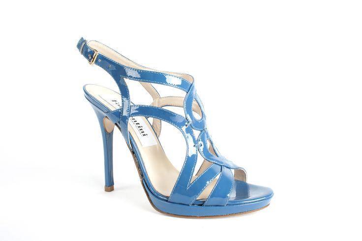 Un #Sandalo #AzzuroLucido pensato per voi!