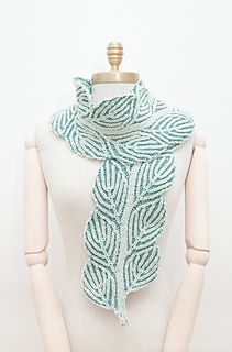Nancy Marchand's Leafy Brioche collection is stunning! We love this beautiful double knit brioche scarf knit up with Spinnery Cotton Comfort!