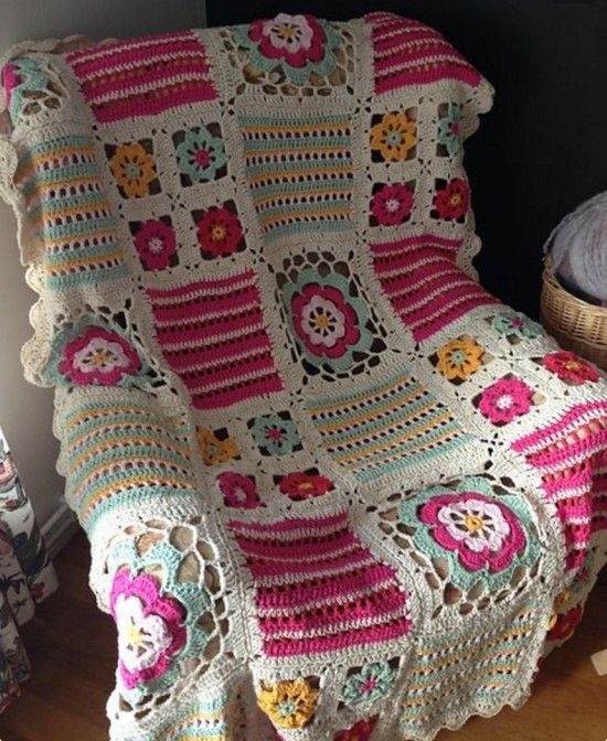 Orange Blossom Crochet Blanket Free Pattern | The WHOot