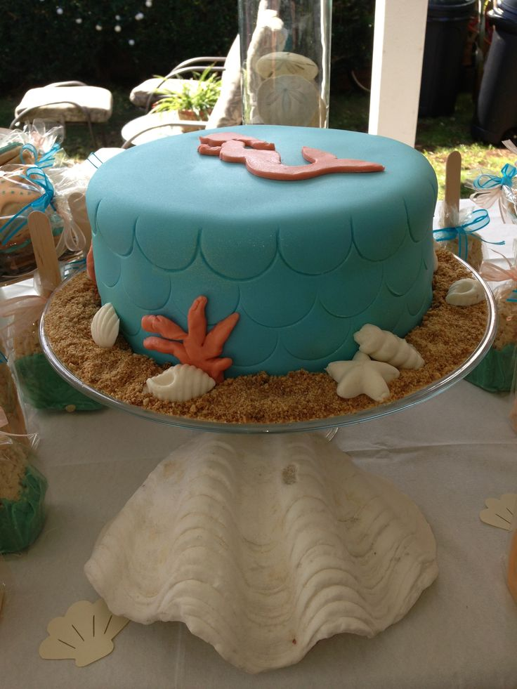 pregnant mermaid baby shower cake by oh happy cakes hawaiibabyshower