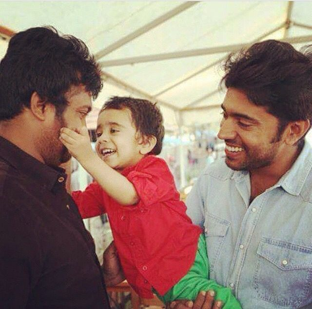 Nivin pauly with his son daveed and vattiraja(neram)