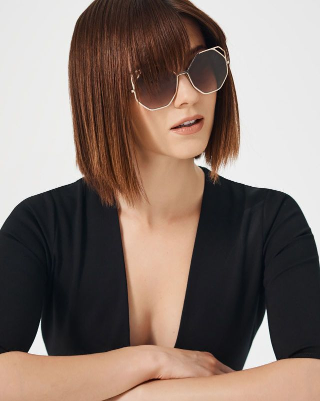 Mary Elizabeth Winstead in Spring's Coolest Shades