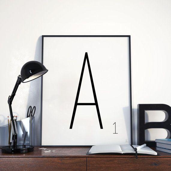 Afdrukken van scrabble Scrabble letters lettertype belettering keuze zwartwit Poster typografie blok hoofdletters minimalistische stijl