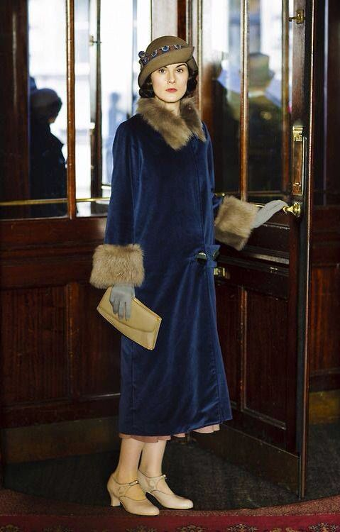 Lady Mary Crawley - love her style ...