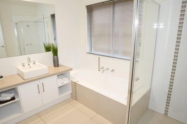 Hotondo Homes - Taurus Bathroom