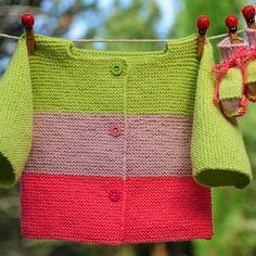 Layette ensemble rose et anis 3 mois brassière et chaussons neuf tricoté main