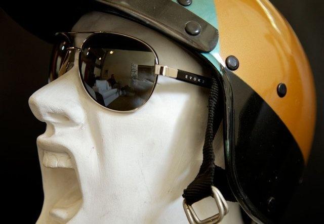 Evoke Poncherello na cabeça http://ow.ly/aVOur