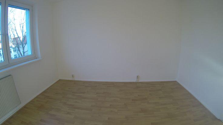 3 Zimmer #Mietwohnung nach #Sanierung – 2 ruhige #Schlafzimmer zum Innenhof #OstSeite #WannenBad, #Wohnküche #OstSeite zum Frühstück Sonne, Diele und Garderobenbereich mit Kammer #Wohnzimmer #WestSeite abends Sonne #Berlin.Bln24.de #BerlinImmobilienDüsseldorf #ferienwohnungen.bln24.de #wohnung.bln24.de  #Berlin -  #Friedrichshain #Berlin-Wohnungen.Bln24.de #instagram.com/thomasfishergmx.eu #pinterest.com/fisher7527 #twitter.com/berlin_ny #linkedin.com/in/thomas-fisher-berlin-52a565119/