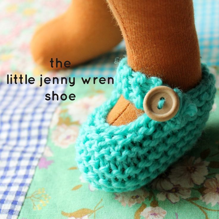 the little jenny wren shoe, a simple knitted doll shoe | little jenny wren ..... ♥ ♥ ♥ ..... life and dolls