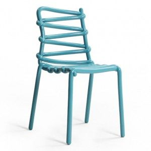 Markus Johansson creates fibreglass Loop Chair from a 3D-printed model.