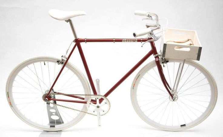 bike with gothamcargo box from  desgena.com