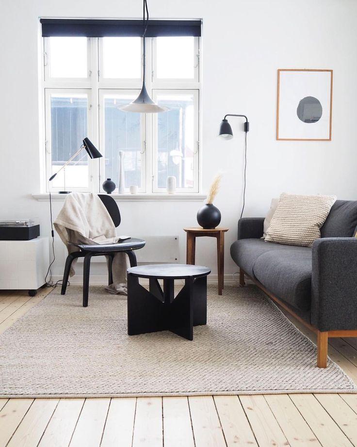 "555 Synes godt om, 19 kommentarer – Kjøkken | Bad | Møbler (@askogeng) på Instagram: ""Spending more and more time on this sofa, working and waiting for our new bestie - and now that I…"""