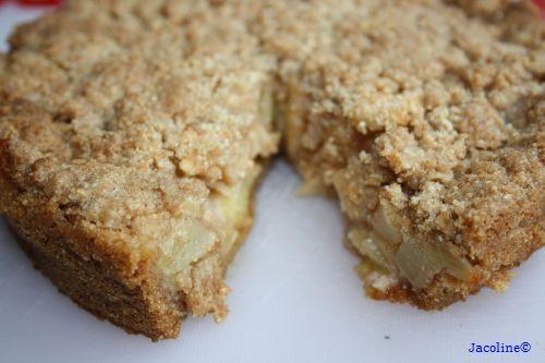 Gezond leven van Jacoline: Appelkruimeltaart met spelt en amandelmeel