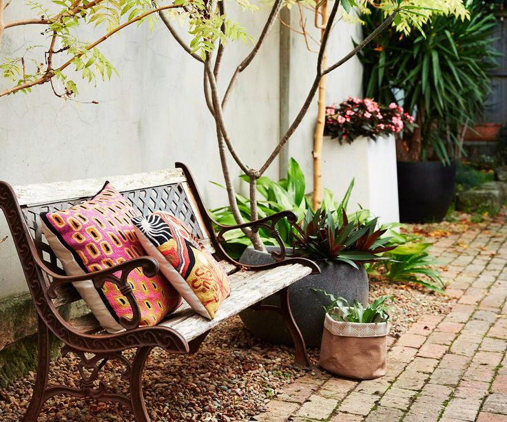 Landscaping expert Richard Unsworth of Garden Life shares his 8 tips for picking the best home for potted plants.