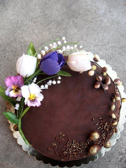 Čokoládová s jarnými kvetmi