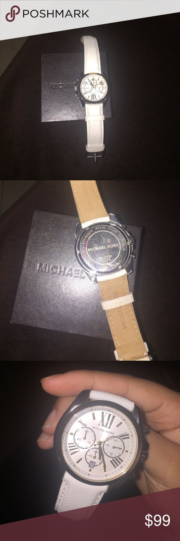 White Michael Kors watch. Very good conditions. Michael Kors Accessories Watches