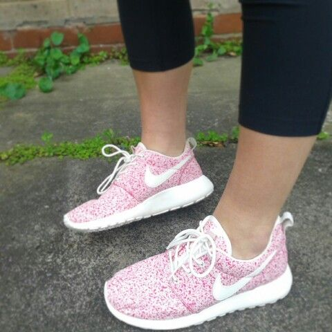 Nike roshe run pink speckled trainers