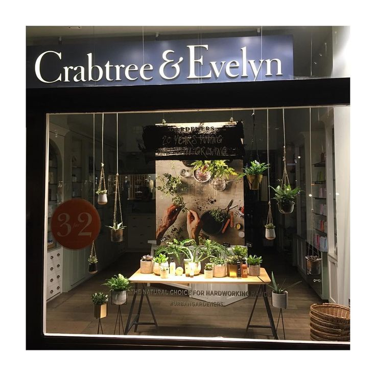 "CRABTREE & EVELYN, Regent Street, London, UK, ""The Natural Choice for Hardworking Hands"", photo by JC Barron, pinned by Ton van der Veer"